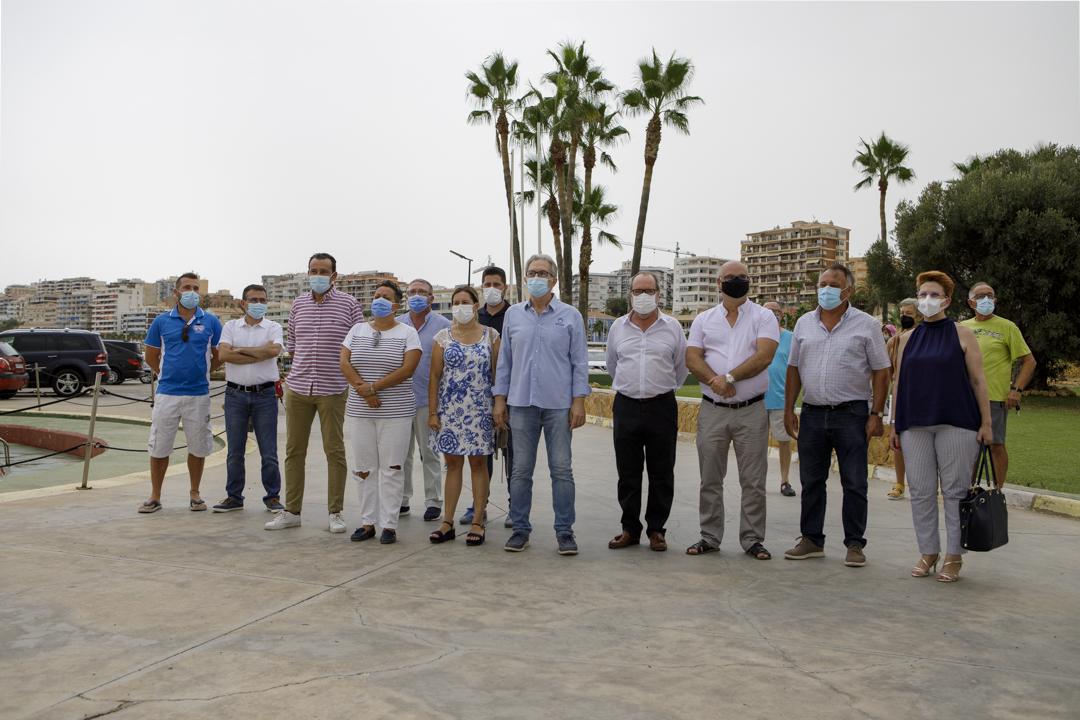 El Club Náutico de Villajoyosa renueva su compromiso con la sostenibilidad ambiental izando la bandera azul